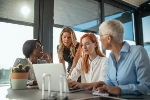 Commit to Team Decisions during Collaboration