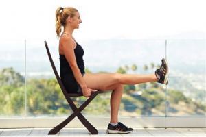 seated leg raises at your desk
